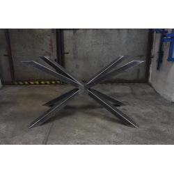Centrálna oceľová podnož k jedálenskému stolu typ X 19