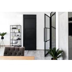Čierne oceľové interiérové...