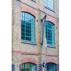 Oceľové továrné okno
