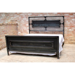 Industriálna oceľová manželská posteľ