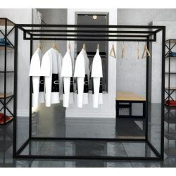 Oceľový vešiak do obchodov a šatní 140x160x50cm
