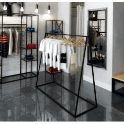 Oceľový vešiak do obchodov a šatní model 3