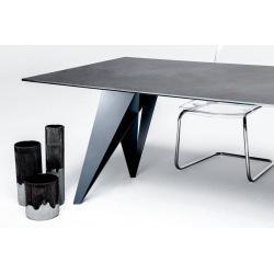 Oceľové podnož k jedálenskému stolu typ 25